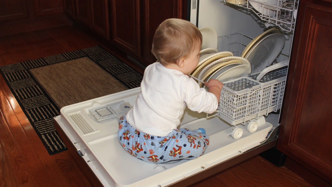 Capturing Curiosity: The baby pictures that make me smile