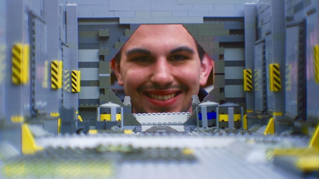 Dads for Creativity: 3 Question interview with LEGO ANIMATOR, Alex Kobbs (Stop-Motion Lego Movies)